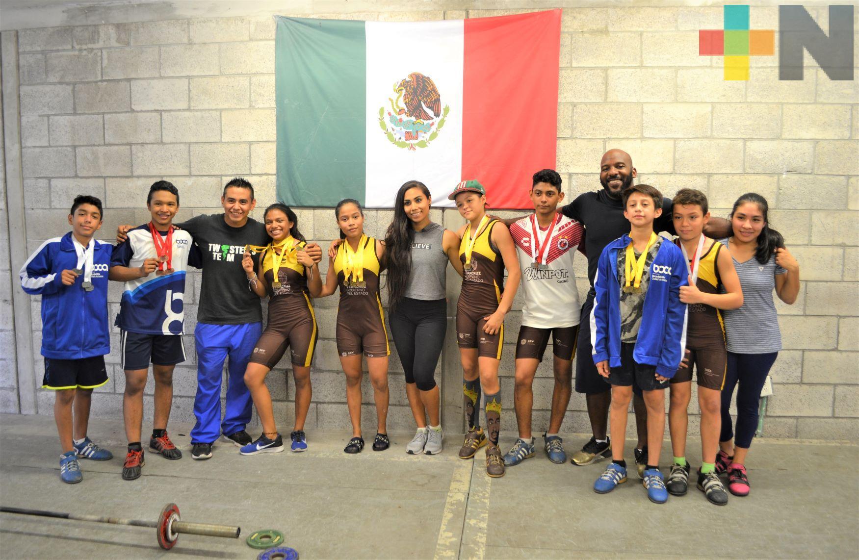 Pesistas de la Arena Veracruz ganaron nueve oros en Nacional Infantil