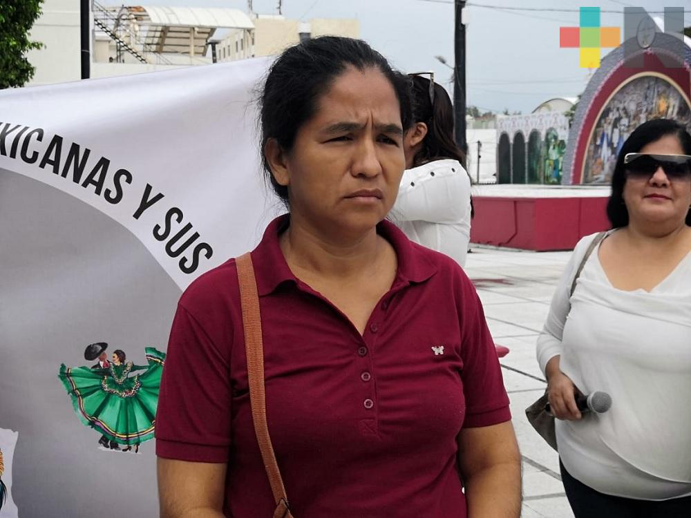 Solicita apoyo económico para trasladar a su hijo a clínica de Orizaba