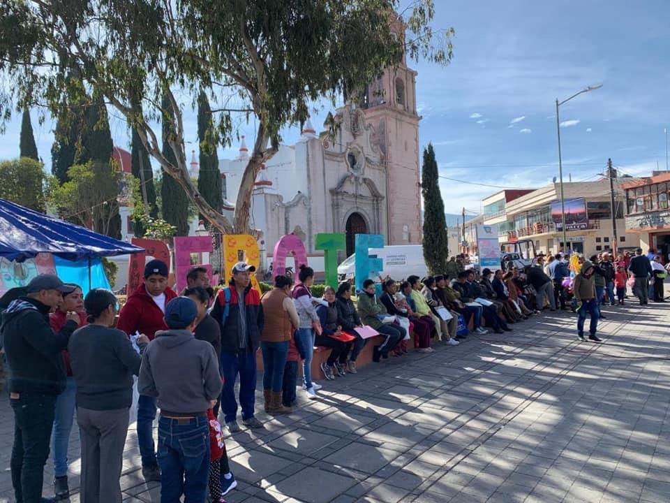 Exitosa resultó la Brigada Itinerante del Gobierno de Veracruz en la región de Perote: Eric Cisneros