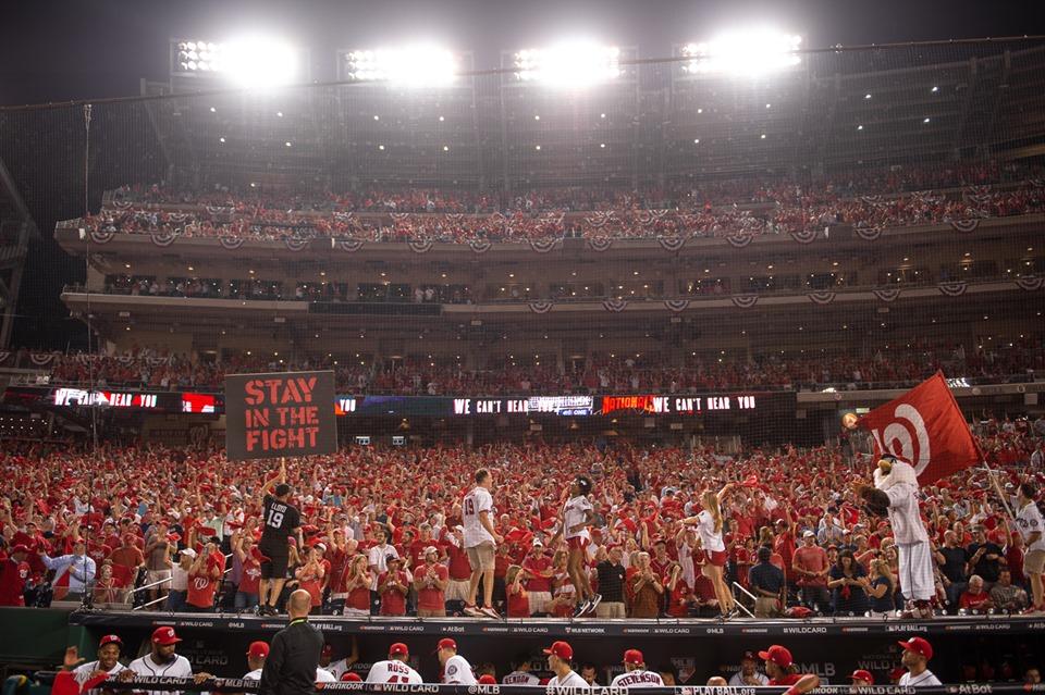 Washington a un triunfo de jugar la Serie Mundial de Beisbol