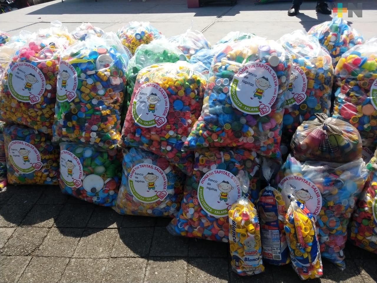 Recolectaron tapitas de plástico en pro de enfermos con cáncer