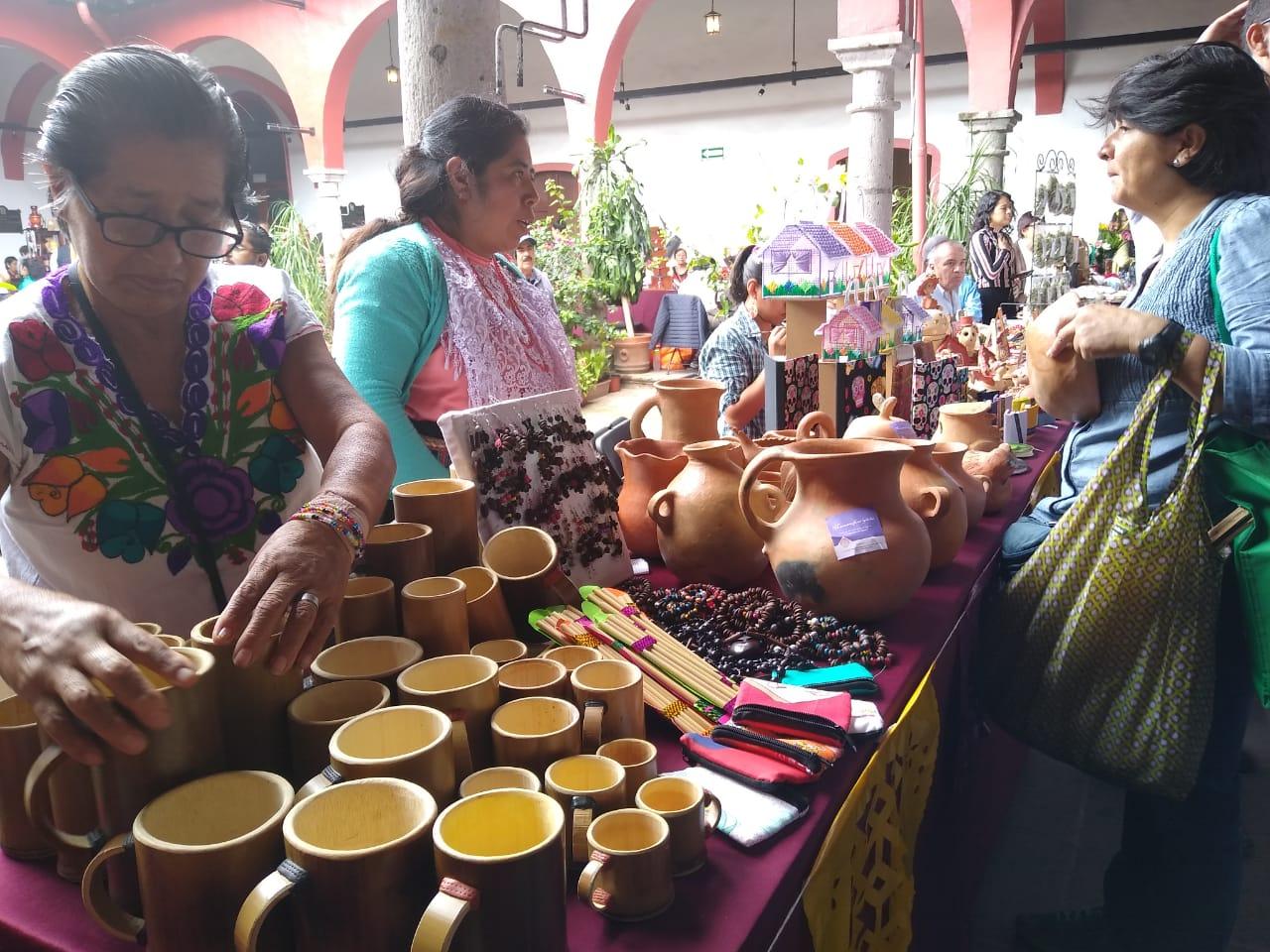 Continúa venta de productos artesanos en Centro Recreativo de Xalapa