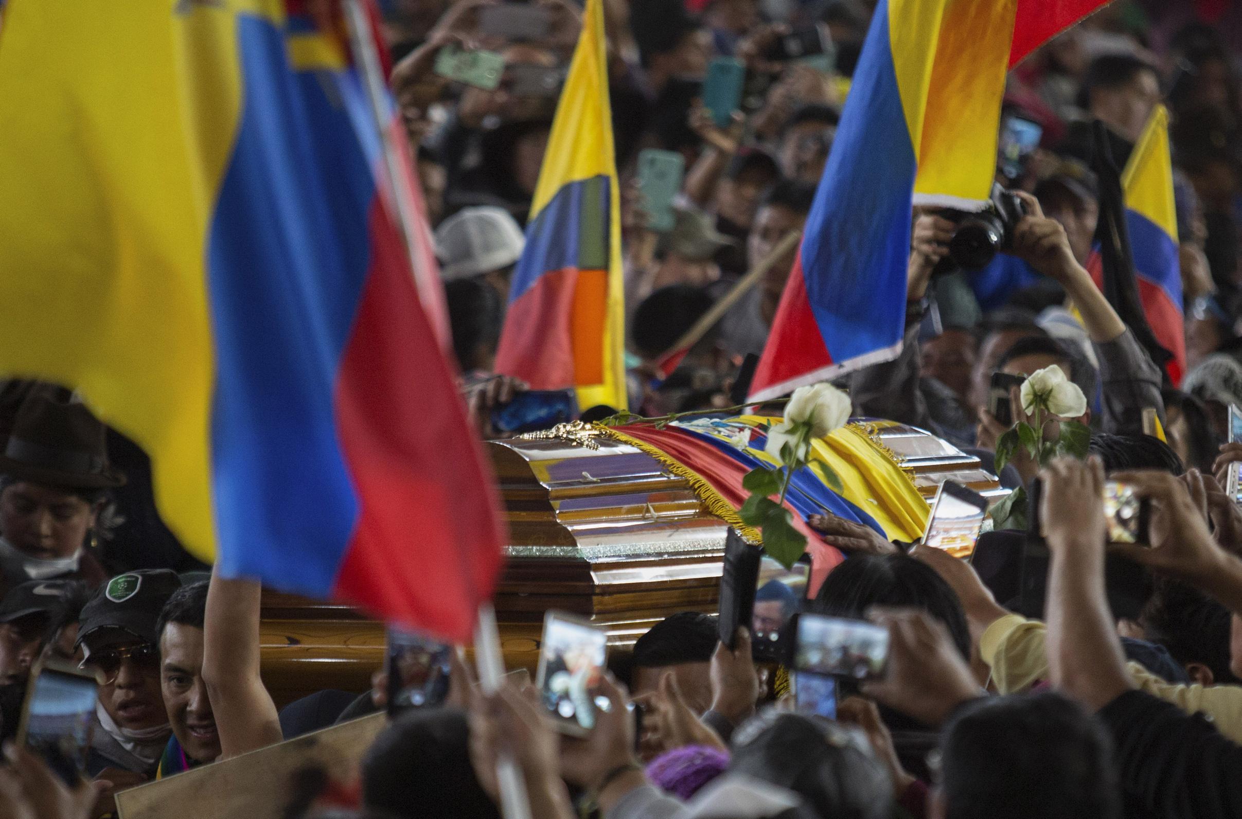 HRW insta a Ecuador investigar violencia extrema en las protestas