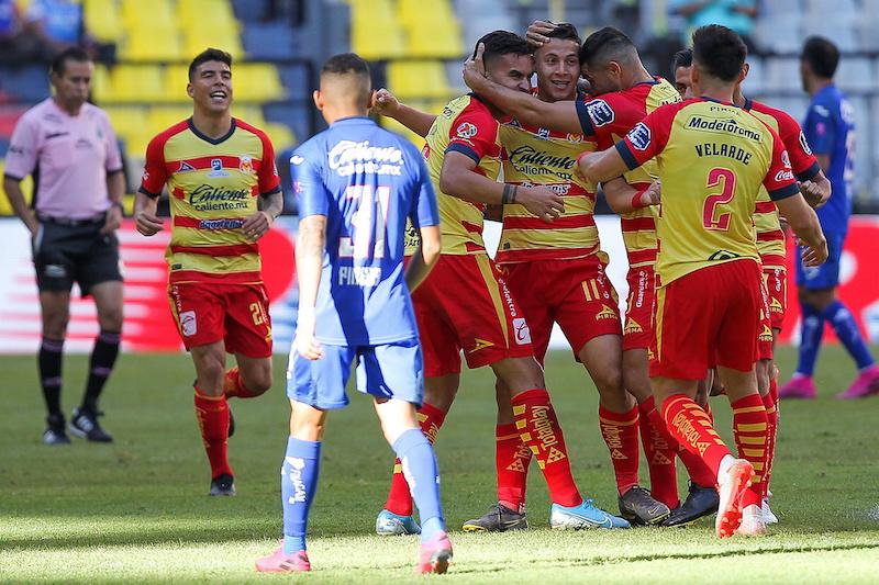 Cerca Cruz Azul de otro fracaso en Liga MX, cae 2-3 con Morelia