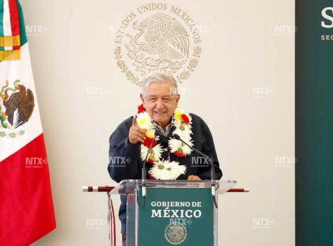 La 4T no es retórica, dice AMLO en Oaxaca