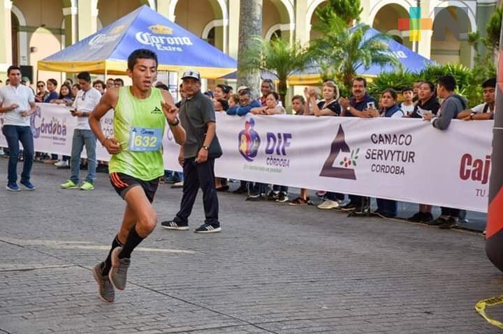 Confirma Abel Oliva participación en Medio Maratón Puerto de Veracruz 2020