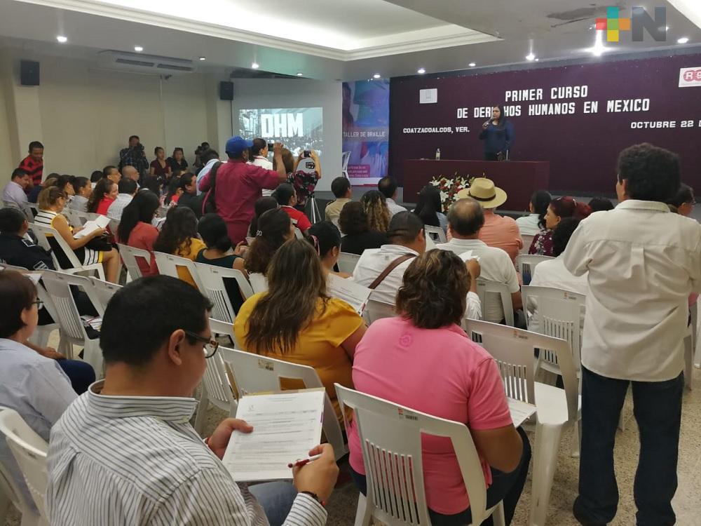CEDH capacita a funcionarios públicos del sur de Veracruz