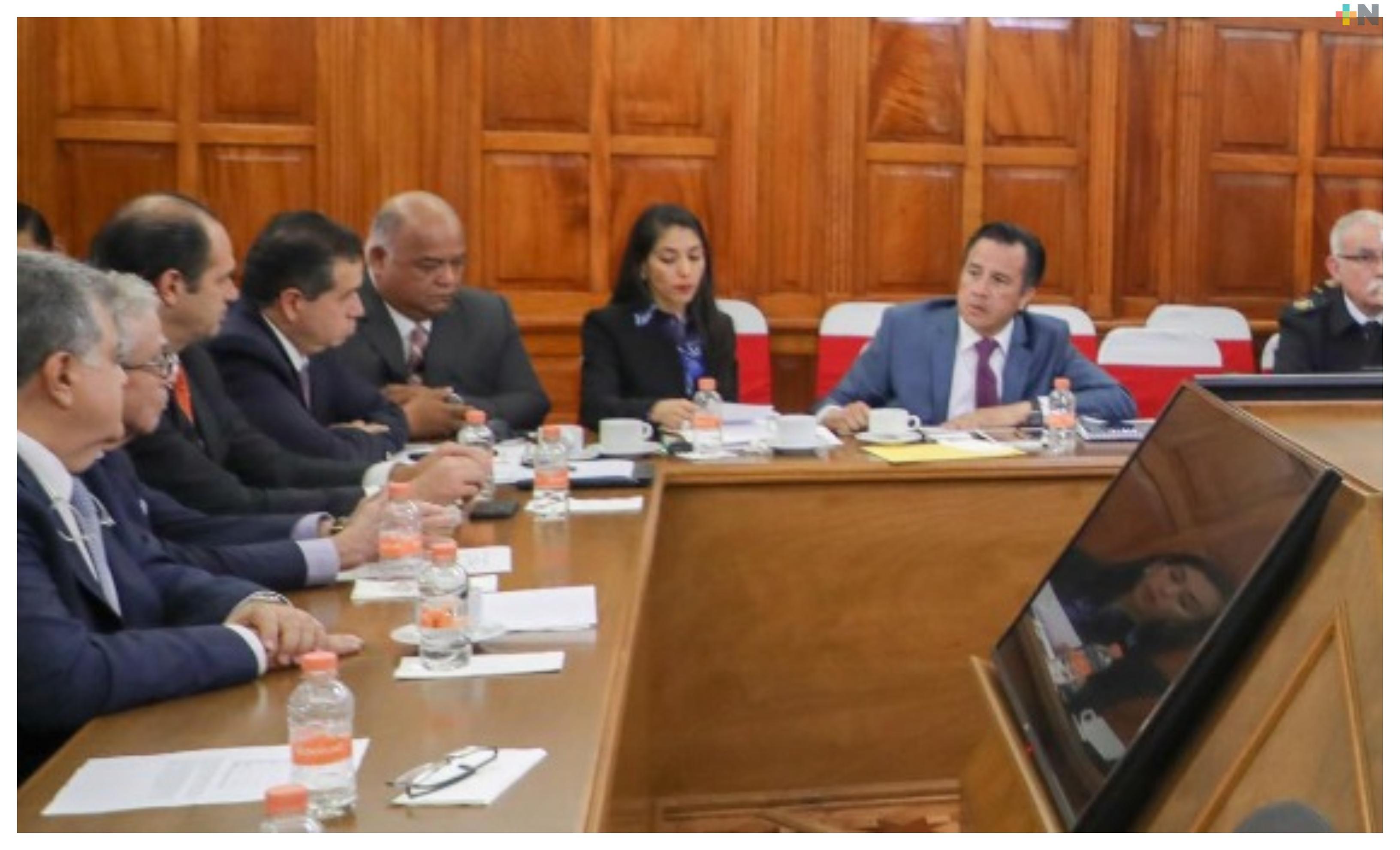 Cuitláhuac García se reunió en Palacio Nacional con representantes federales y del sector empresarial de Veracruz