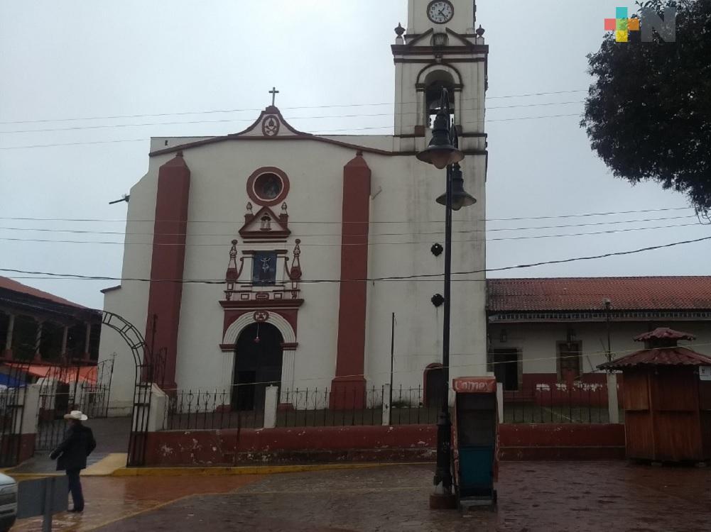 Con el tradicional día de San Lucas, inicia Todos Santos en la sierra de Huayacocotla