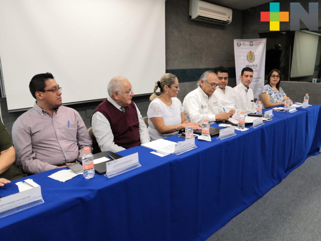 Firman convenio CEDH y Arbitraje Médico en Veracruz