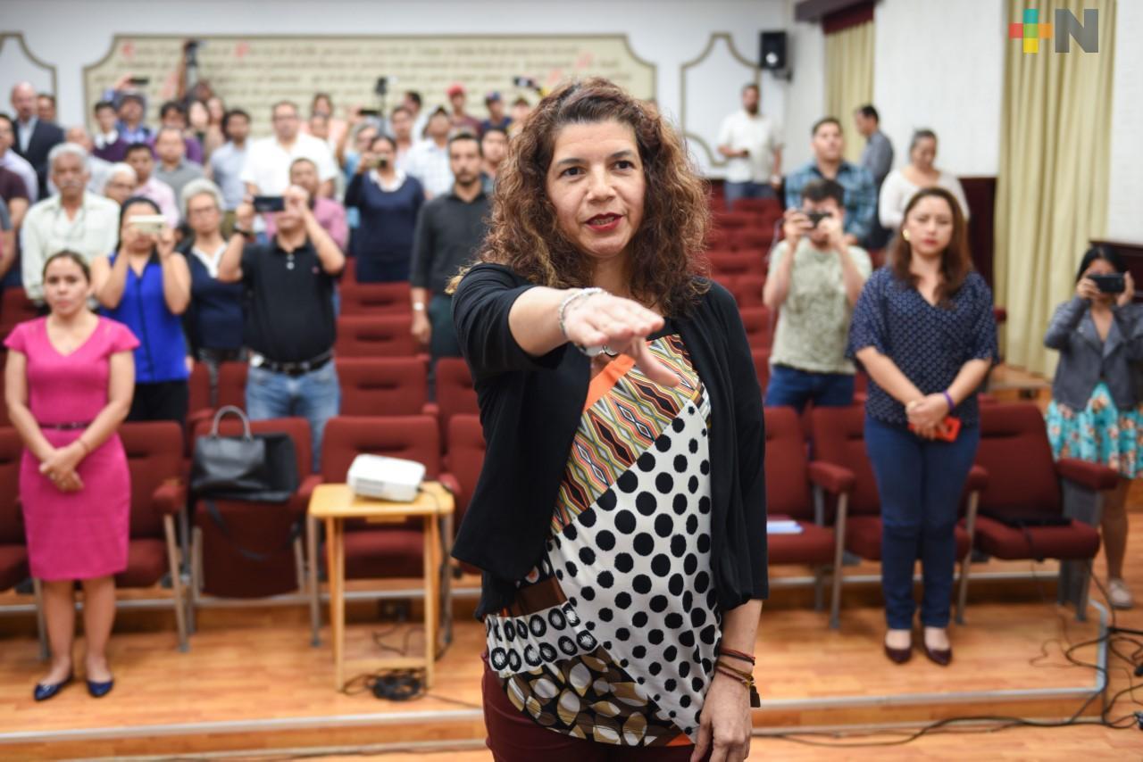 Aprueba Cabildo de Xalapa licencia temporal a tesorera