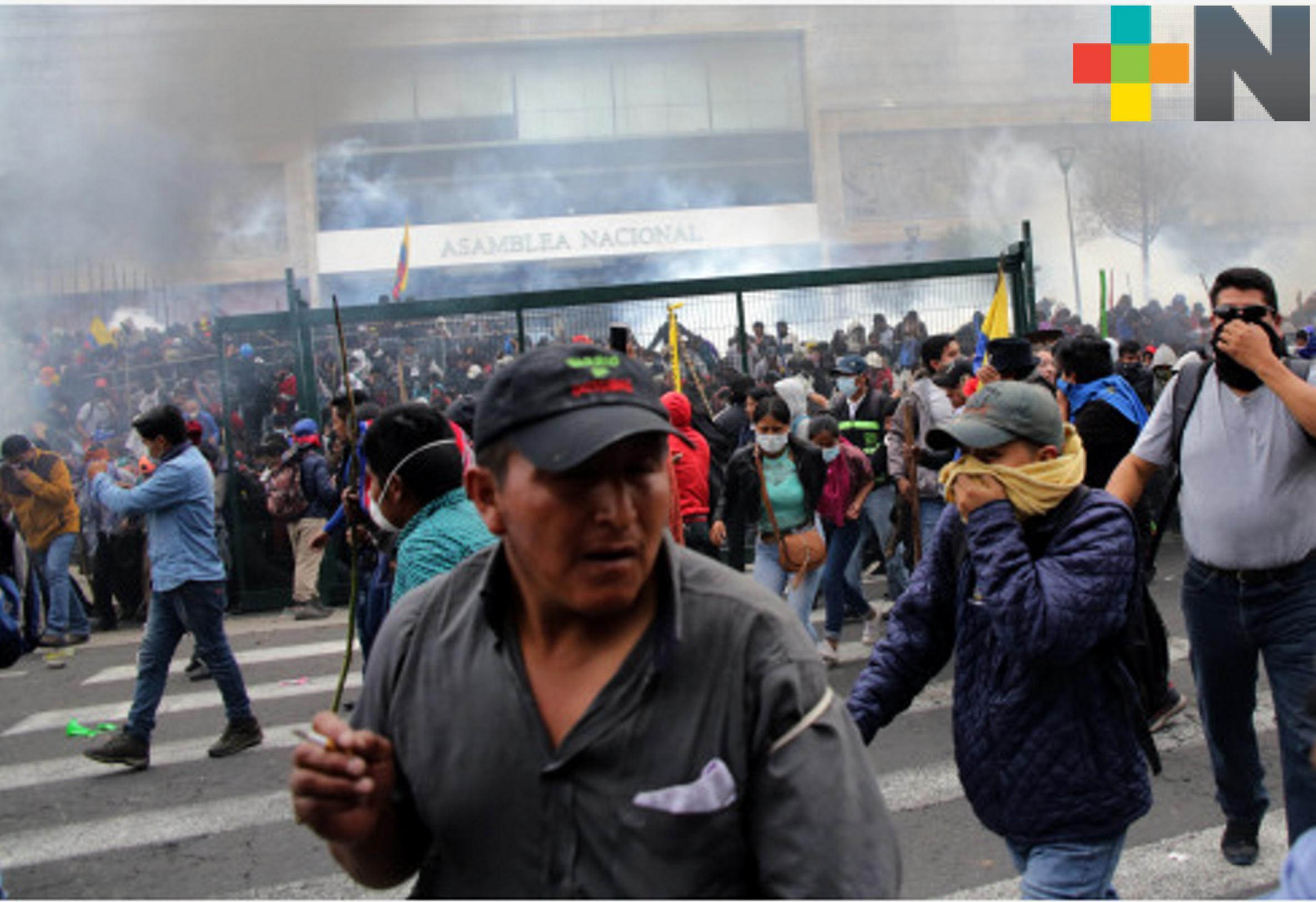 Ecuador, en toque de queda parcial