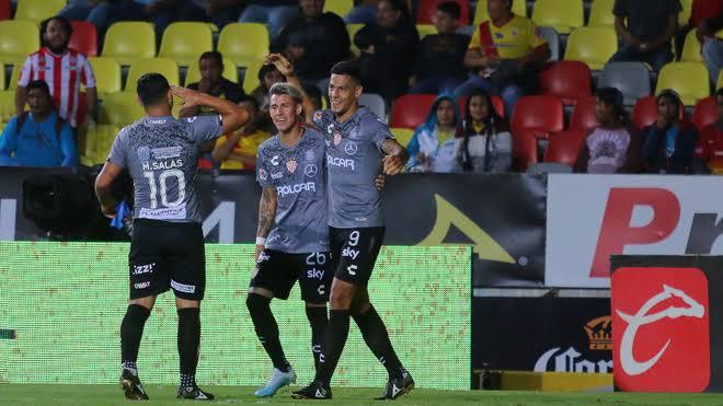 Necaxa remonta y vence 3-2 a Morelia, en inicio de la fecha 13 de Liga MX