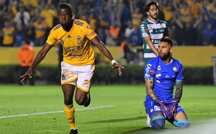 Tigres descuartiza a Santos 4-0