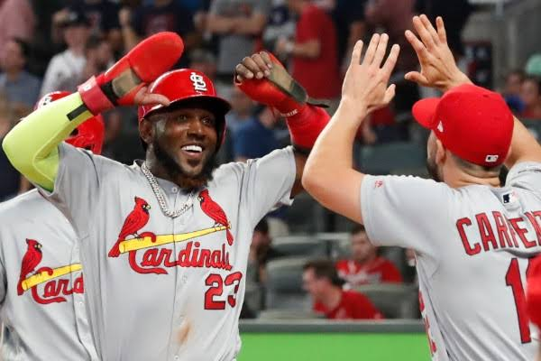 Cardinals gana 5-4 y va a quinto juego ante Atlanta