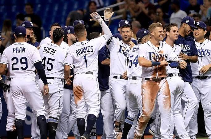 Rays de Tampa Bay sigue vivo al derrotar a Astros de Houston