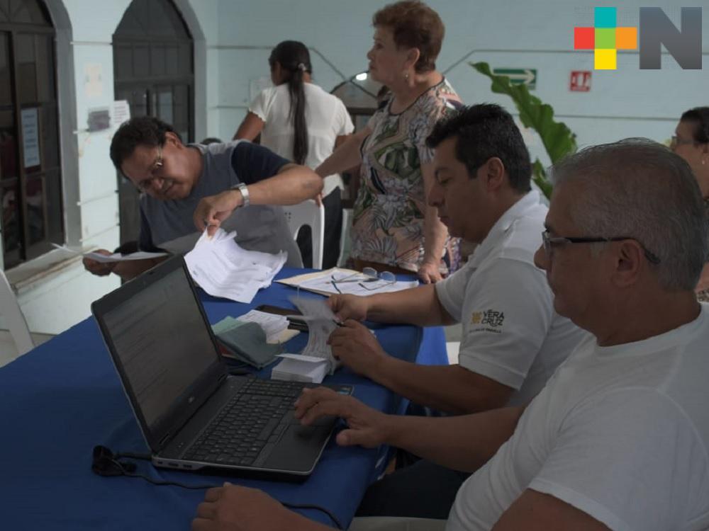 IPE realiza renovación de pase de lista de pensionados en Tantoyuca