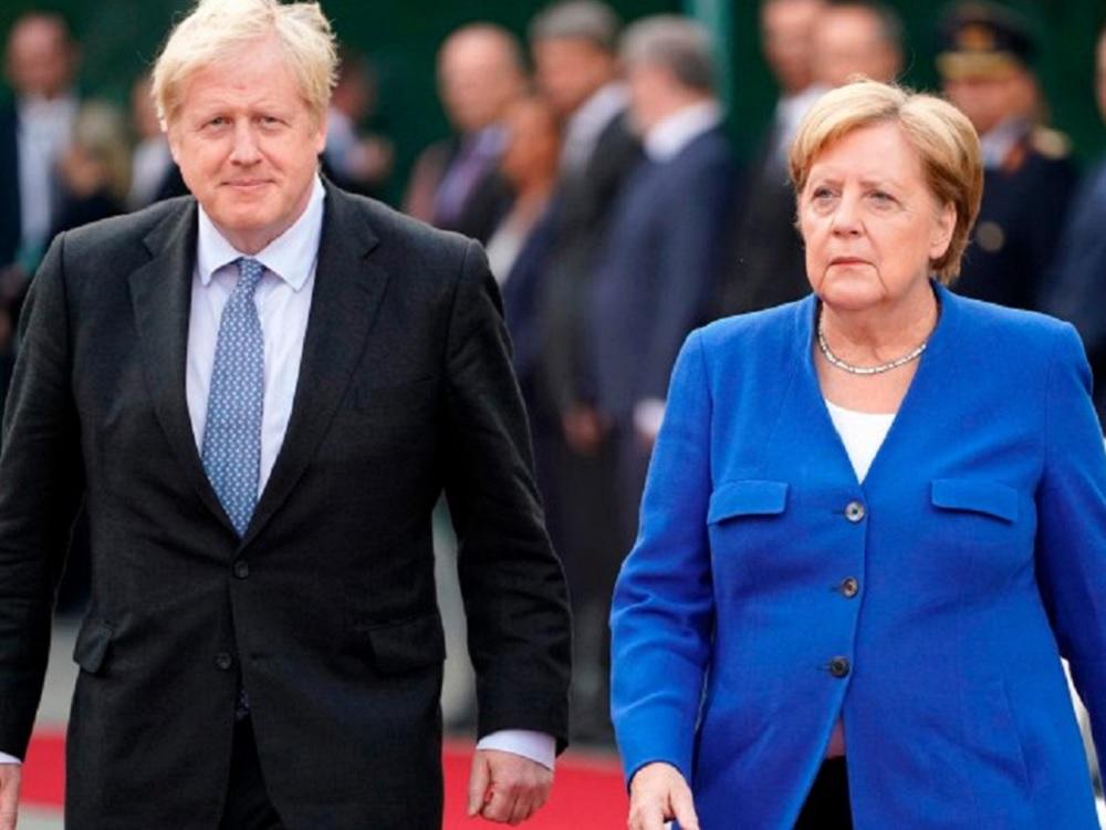 """Johnson y Merkel ven casi """"imposible"""" el Brexit"""