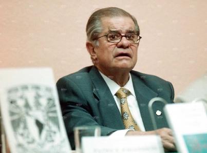 Destaca AMLO aportación de León Portilla a la historia de México