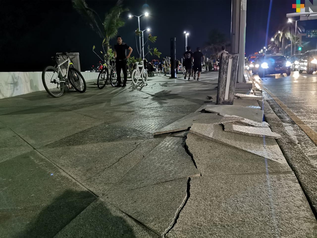 A menos de un año de remodelado, bulevar Manuel Ávila Camacho en Veracruz tiene deterioros