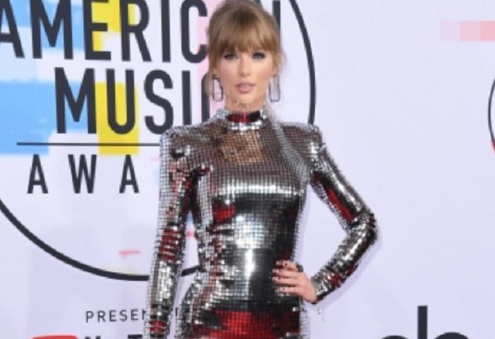Taylor Swift vuelve a tribunales por supuesto plagio de «Shake it off»