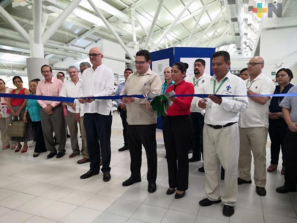 UV campus Coatzacoalcos inaugura exposición ¡Al fin la Universidad!
