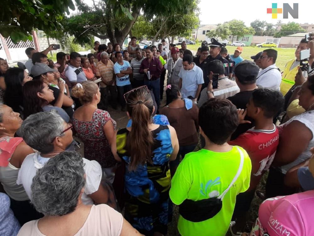 Vecinos exigen puente peatonal o reductores de velocidad en carretera Veracruz-Xalapa