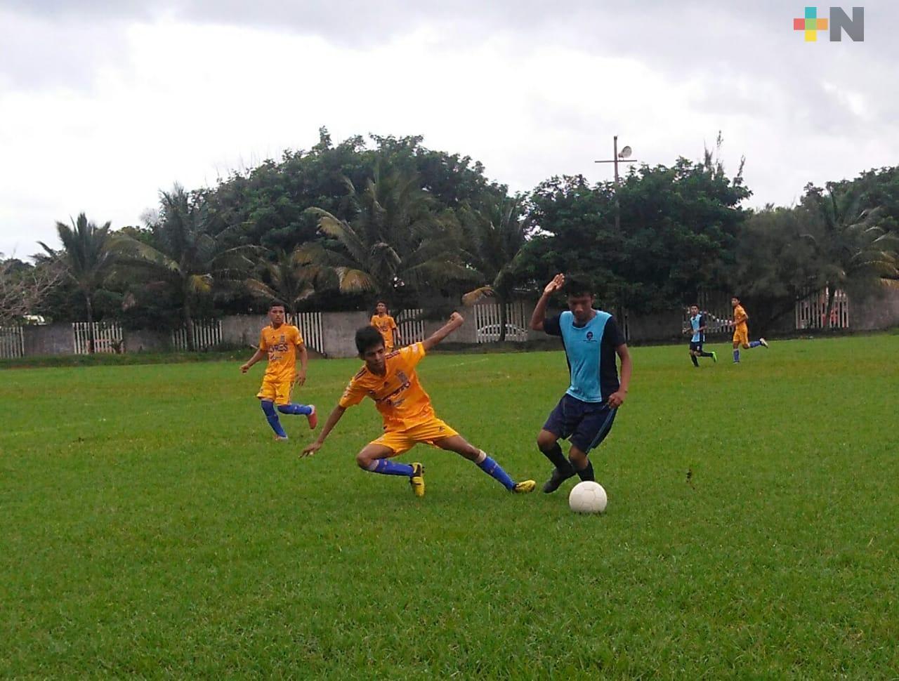 Nanchital triunfó en Torneo Interprepas
