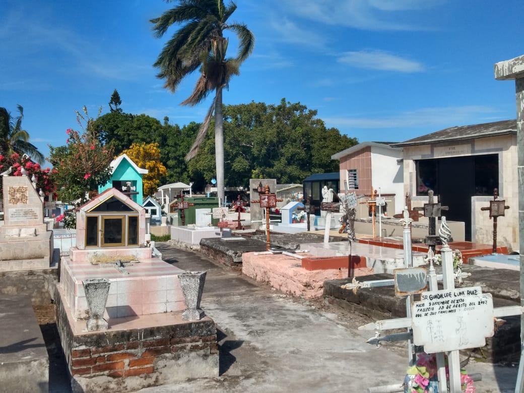 Panteones del municipio de Boca del Río permanecerán cerrados por Día de Muertos