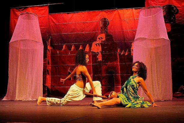 Cuentos Eróticos Africanos, en el Teatro Clavijero