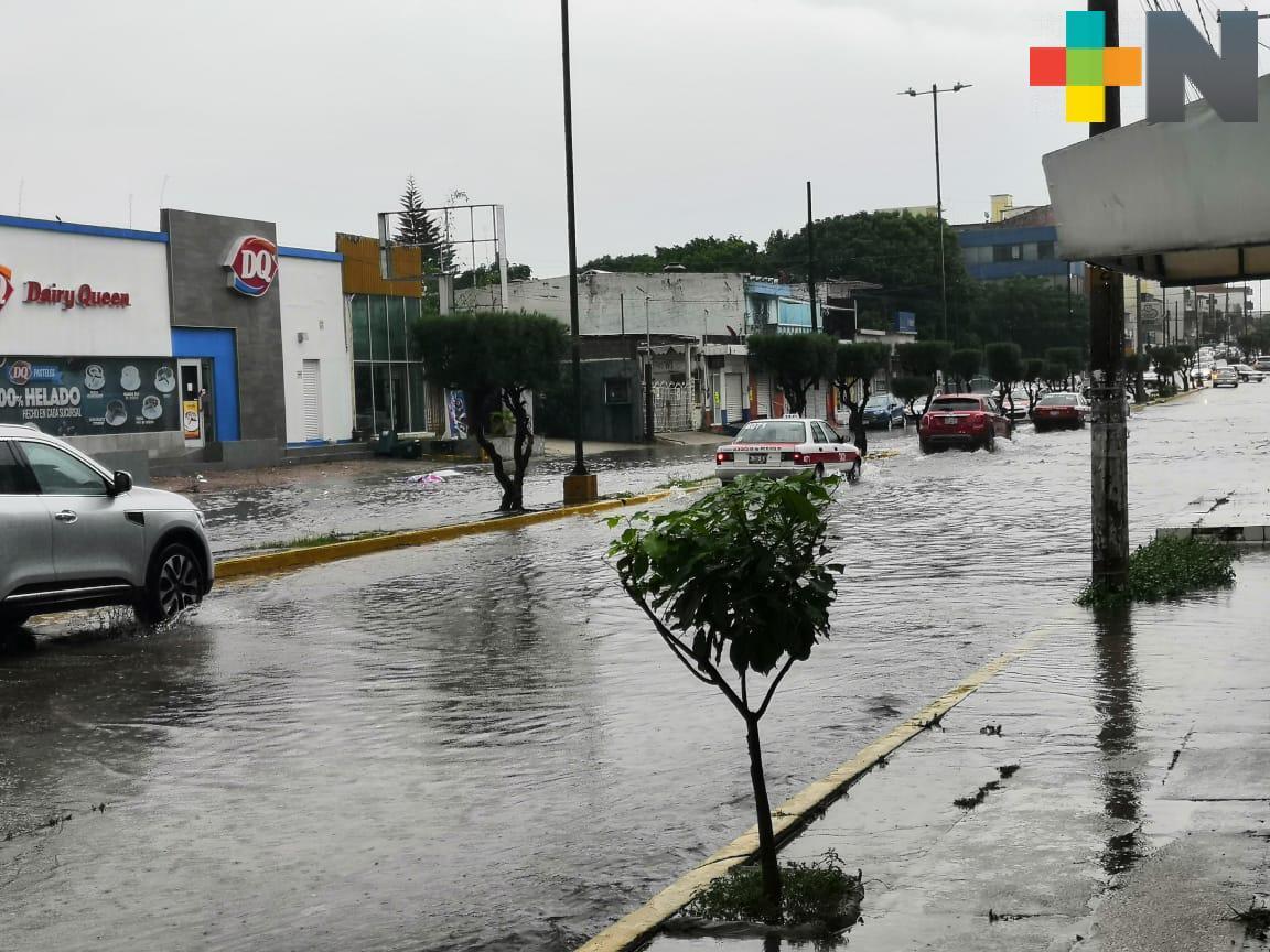 Fin de semana presencia de  calor con lluvias ocasionales en zona montañosa