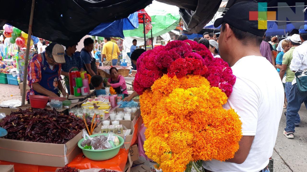 Inicia venta de espacios para la venta de Día de Muertos, en Tuxpan