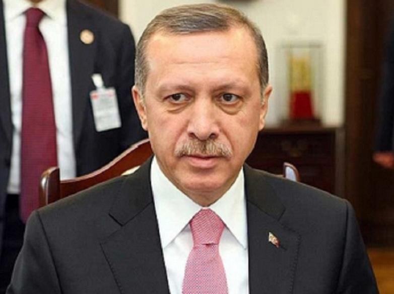 Erdogan recibe a Pence y Pompeo para negociar un cese al fuego en Siria