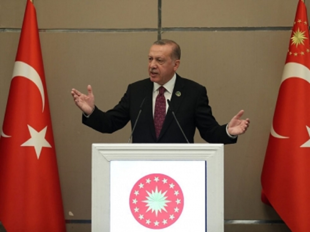 Turquía amenaza a Europa con más de refugiados