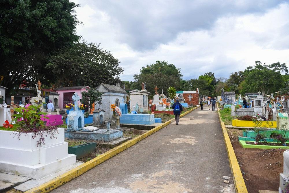 Emite Gobierno de Veracruz medidas de inmediata aplicación para los panteones del estado