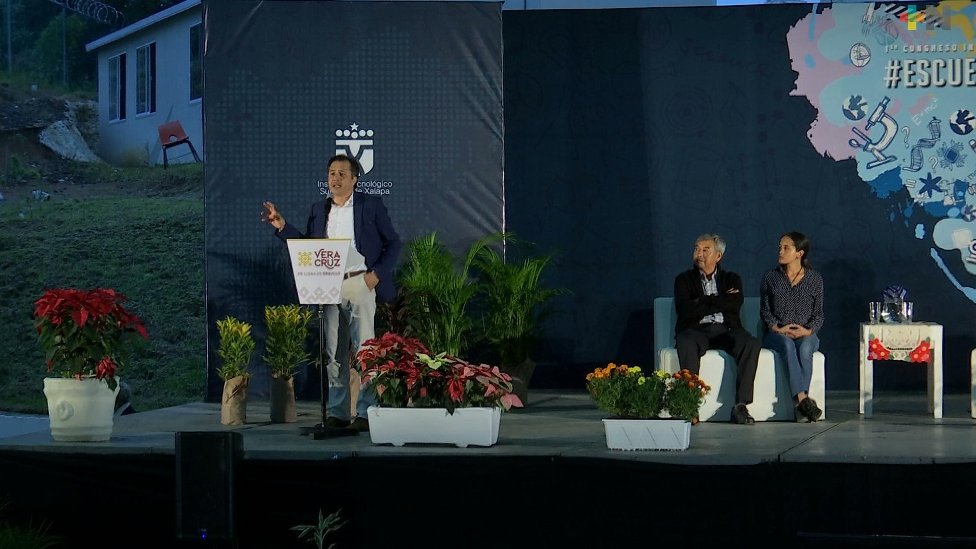 Clausura el Gobernador Cuitláhuac García el Primer Congreso Internacional Multidisciplinario «Es Cuestión de Ingenio»