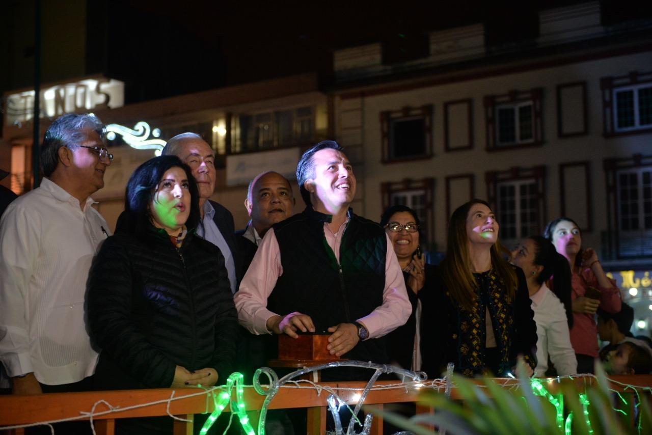 Arranca con éxito el Festival Orgullo Navideño en Xalapa