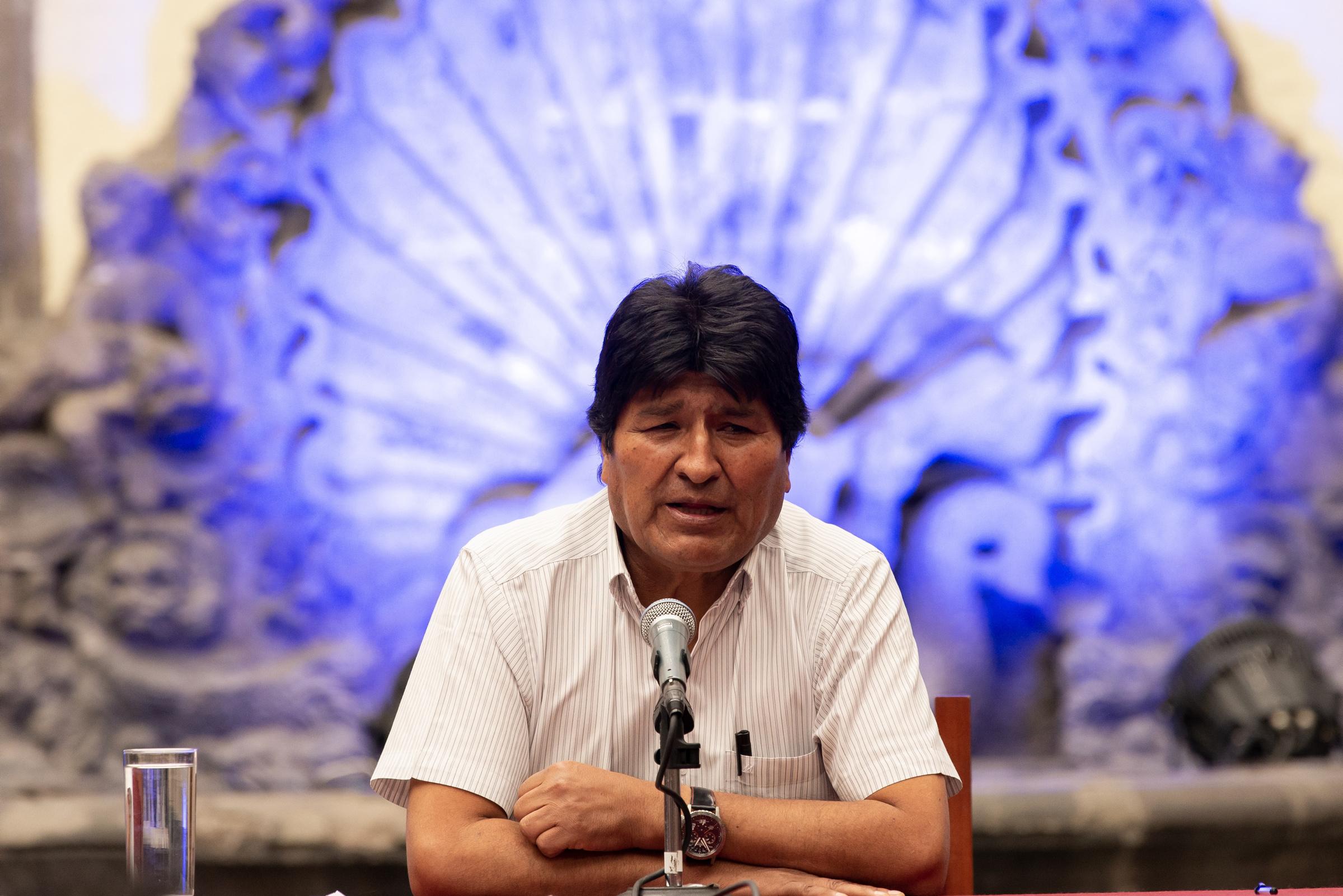 Denuncia Evo Morales delitos de lesa humanidad en Bolivia