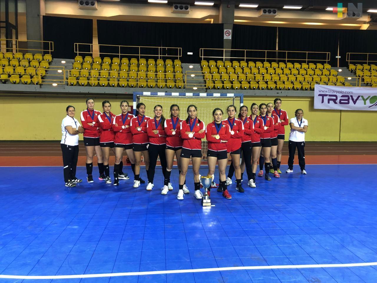 Equipo femenil sub 20 de balonmano, con balance positivo en 2019