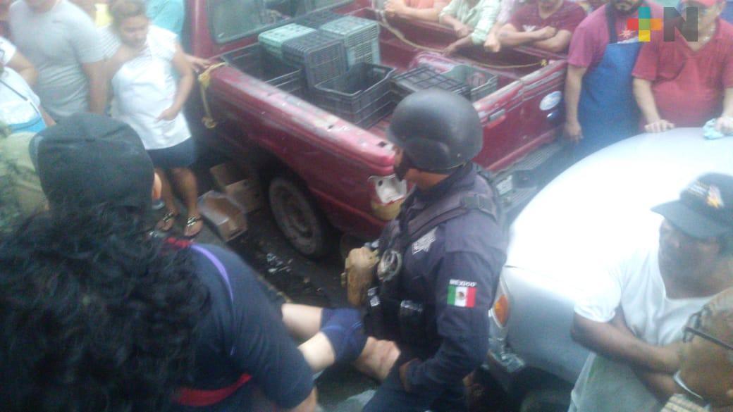 Intervienen Fuerzas del orden en conflicto entre comerciantes del mercado Unidad Veracruzana