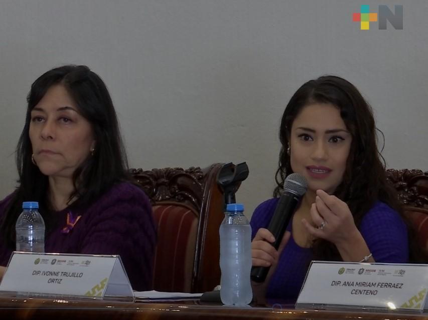 Realizan conversatorio  «Violencia política contra las mujeres»