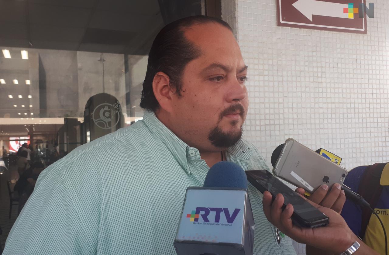 Prioritario rehabilitar  Ilustre Instituto Veracruzano: Director