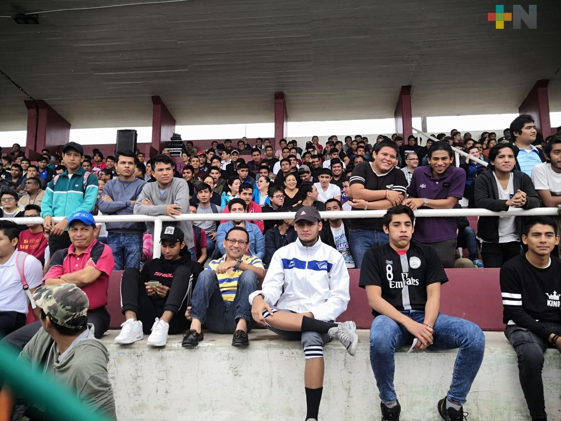 Más de mil 500 jóvenes participaron en el sorteo del Servicio Militar Nacional, en Coatzacoalcos