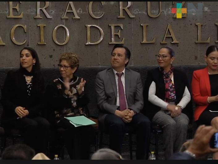 Ofrece Gobierno de Veracruz disculpas públicas a pensionados y periodistas agredidos en el 2015