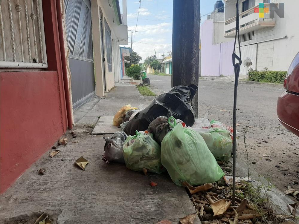 Suspensión de recolección de basura reportan en unidad habitacional El Coyol, en Veracruz puerto