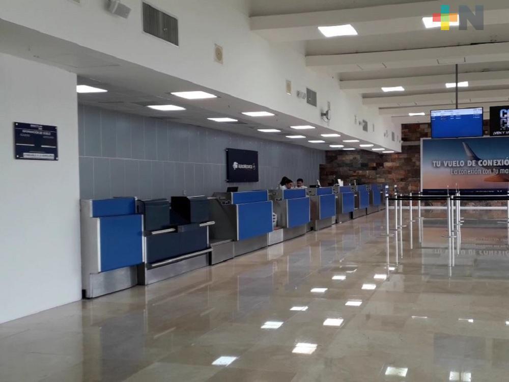 Para el próximo año modificarán sala de espera de Aeropuerto de Minatitlán