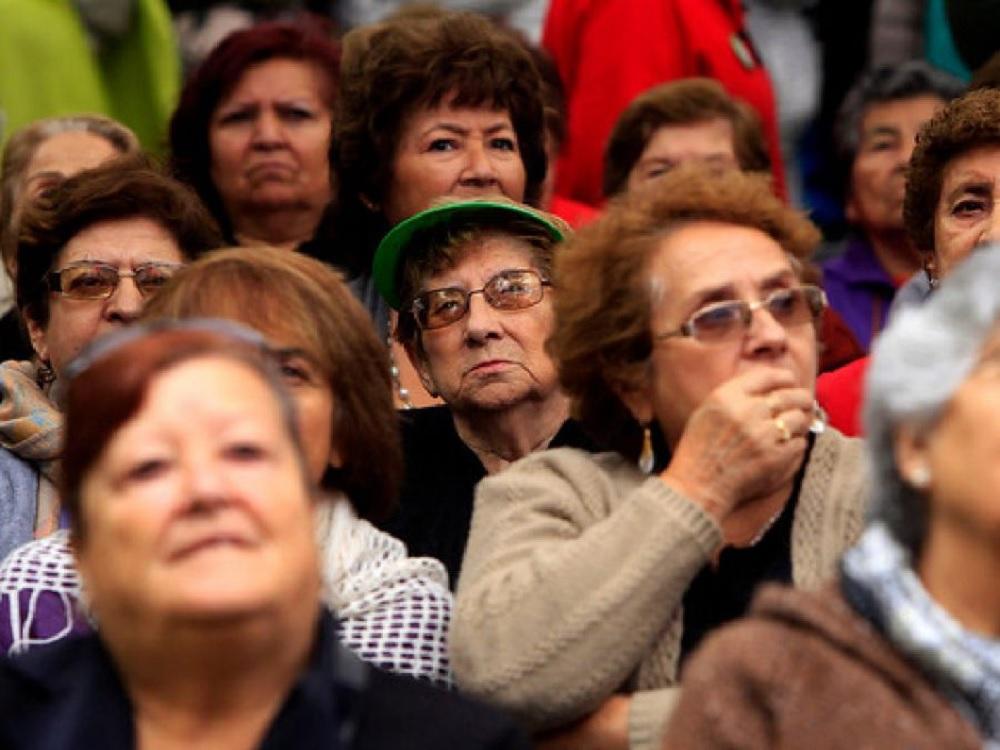Congreso chileno aprueba ley para aumentar pensiones