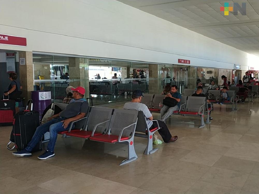 En temporada decembrina aumenta afluencia de personas a Central Camionera de Coatzacoalcos