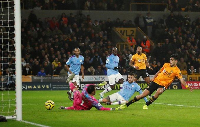 Raúl Jiménez encabeza remontada del Wolverhampton ante Manchester City