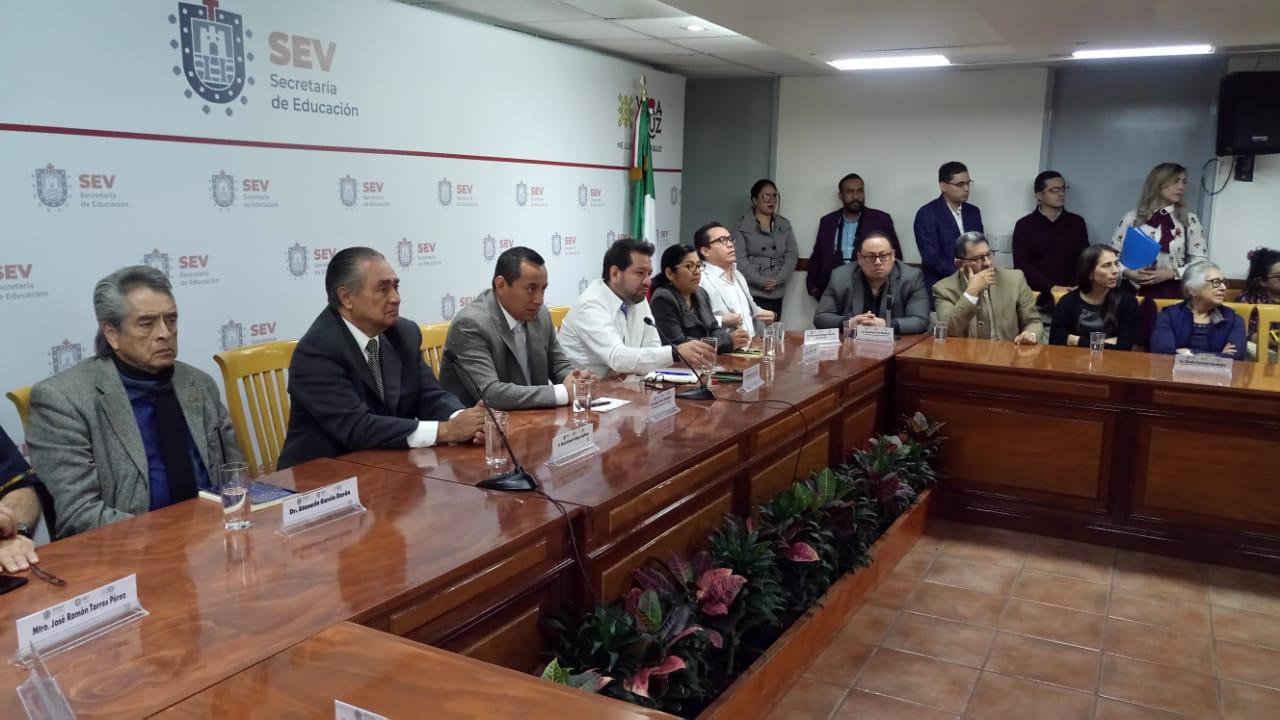 Federación y SEV se alían en estrategias contra el sobrepeso y la obesidad